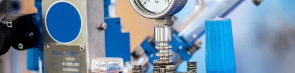 An image of a pressure gauge