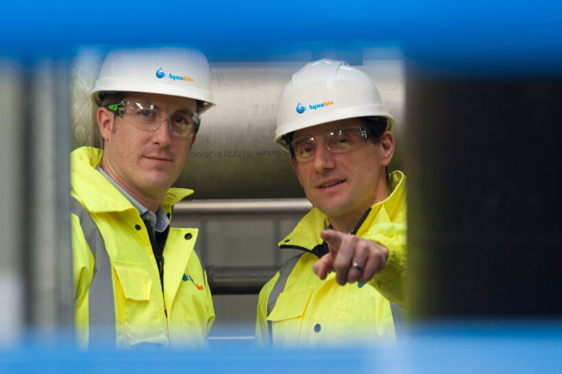 Chris Heslegrave (left) with Chris Woods | News Feb 15 Aquabio Appoints New Sales Engineer