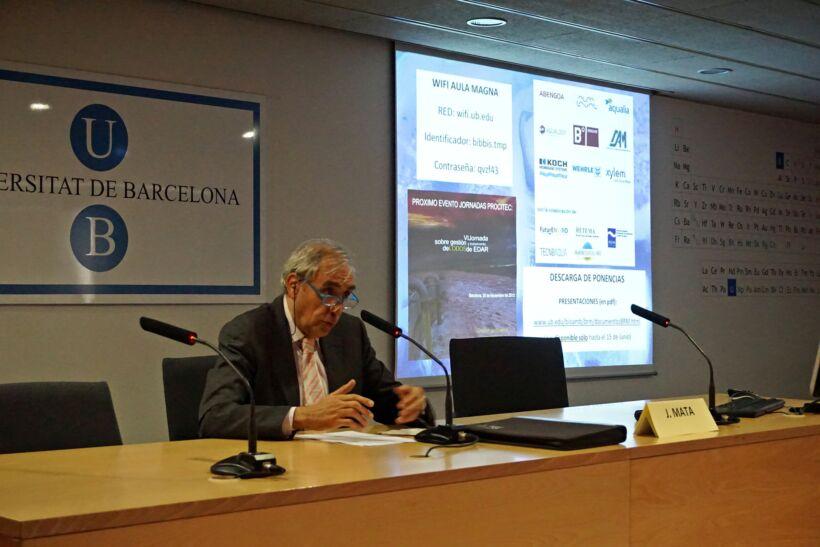 Prof Joan Mata Alvarez at the 5th Barcelona conference on MBRs | News May 15 5Th Barcelona Conference On Mbrs 28 May 15 1