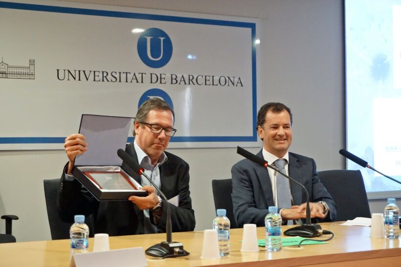 Tomas Michel receives theAquaEspaña 2015 award | News May 15 5Th Barcelona Conference On Mbrs 28 May 15 4