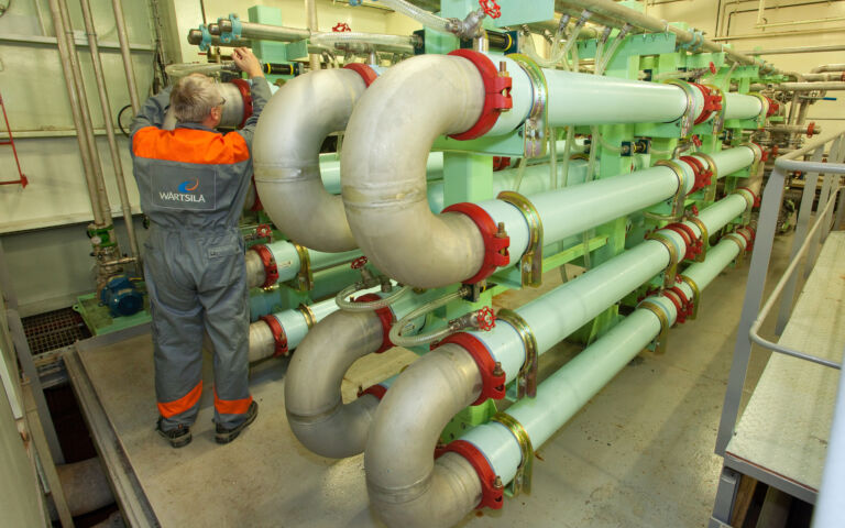 An image of an MBR skid on board a ship.